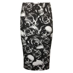 falda con estampado de calaveras