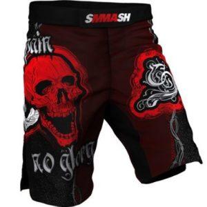 pantalon corto con calavera roja