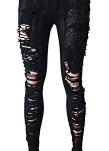 pantalones negros con rotos y calaveras
